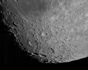 Zunehmender Mond mit Baader C8 Triband SCT